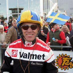 Örjan Kihlstöm innfridde med alle våre tre V75-bankere på Solvalla i går. Foto: hesteguiden.com