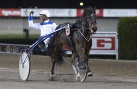 Kan Røste Lill og Kjetil Lunde holde unna for storfavoritten S.T.C.C. Faksa i V76-2 på onsdag?  (foto: hesteguiden.com)