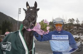 Slitesterke Winmecredit og Frode Hamre blir store favoritter i V76-finalen på Bjerke til onsdag (foto: hesteguiden.com)