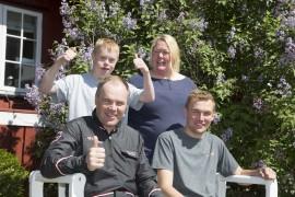 Geir Vegard og Magnus sammen med Martin og Lotta utgjør suksessfulle Stall Gundersen (alle foto: hesteguiden.com)