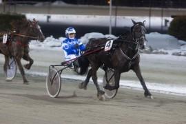 N.S. Viras Lykke (her med Ole Johan Østre) vant et tilsvarende løp på Bjerke 4. februrar (foto: hesteguiden.com)