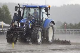 Fult så ille blir det ikke på Bjerke i dag, men banen meldes å bli tung (foto: hesteguiden.com)