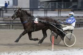 Det var meget fin stil på Lome Frikk da han ledet hele veien for Vidar Hop etter pause sist (alle foto: hesteguiden.com)