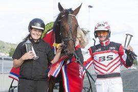 Marielle Bråthen og Gunnar Austevoll kunne juble da A Brave Heart enkelt tok seg av Haakonløpet – onsdag blir de storfavoritter i Derbykval i V76-6 på Bjerke (foto: hesteguiden.com)